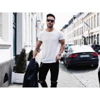 Как правильно ухаживать за мужскими футболками?