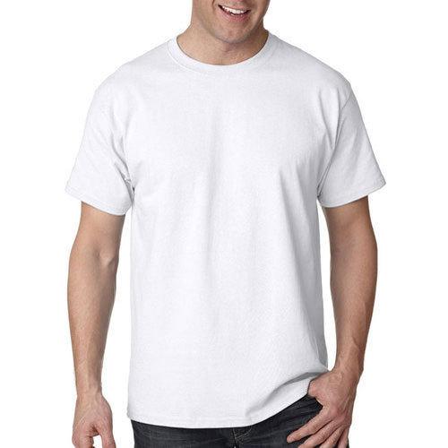 Белая мужская футболка фото