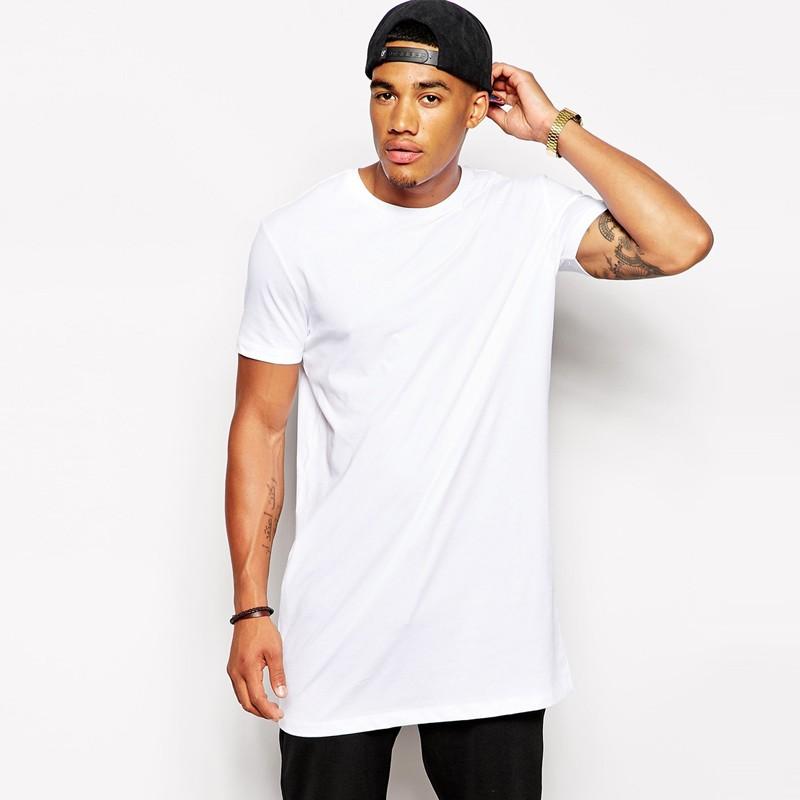 Мужская удлиненная футболка фото