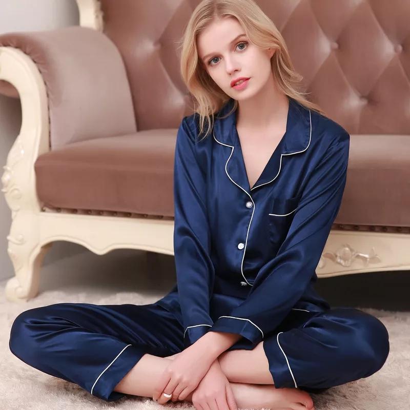 Классическая пижама в подарок фото